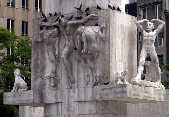 Dam Square Monument
