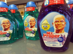 """With some products, it's easy to figure out what's in the bottle!  Apparently, """"Mr. Clean"""" is not an appropriate name in Dutch."""