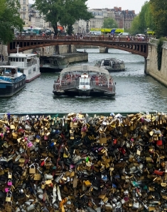 On one bridge connecting the Île de la Cité with the rest of Paris, generations of lovers have sealed their love with a lock, the key to which is then thrown into the river. Nearby vendors, of course, will sell you a lock for just this purpose.