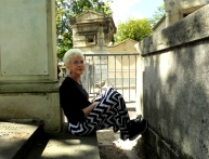 SR resting at Pere Lachaise--DSCF0510