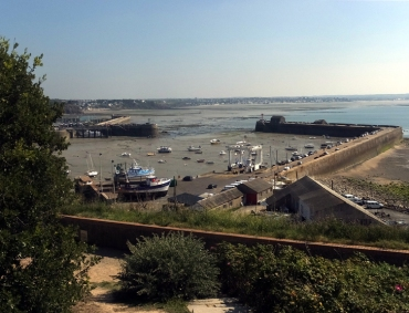 To illustrate the magnitude of the tides, this is low-tide at Granville harbor, on the same bay as Mont Saint-Michel. We stopped at Granville on the way.