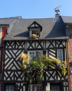 Elsewhere around the town, half-timbered walls added another visual dimension.
