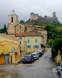 It has the narrow, steep lanes typical of Provençal towns.