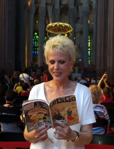 The idea was to submit pictures reading the magazine in front of famous sights. Lord only knows why Sarah's saintly pose didn't win.