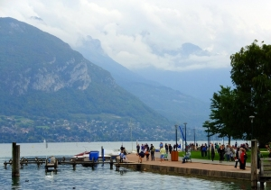 Much of the activity of the town takes place in the parks along Lake Annecy.