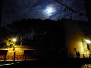The night before we left, I took this photo from our apartment window. On the right is a young couple under the twin spells of a full moon and this intoxicating city. I think we'll have to return some day. Venice, after all, is for lovers.