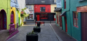 Kinsale is quaint, its old architecture painted with whimsical colors.